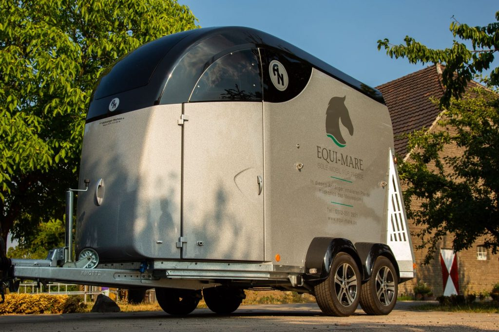 Pferdeinhalation-Kundenbild-mobile-Solekammer Equi Mare